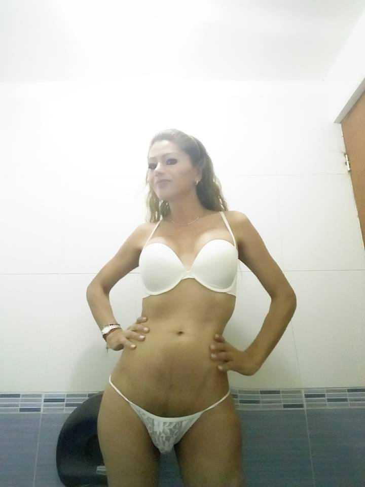 Yunuett travesti mexicana