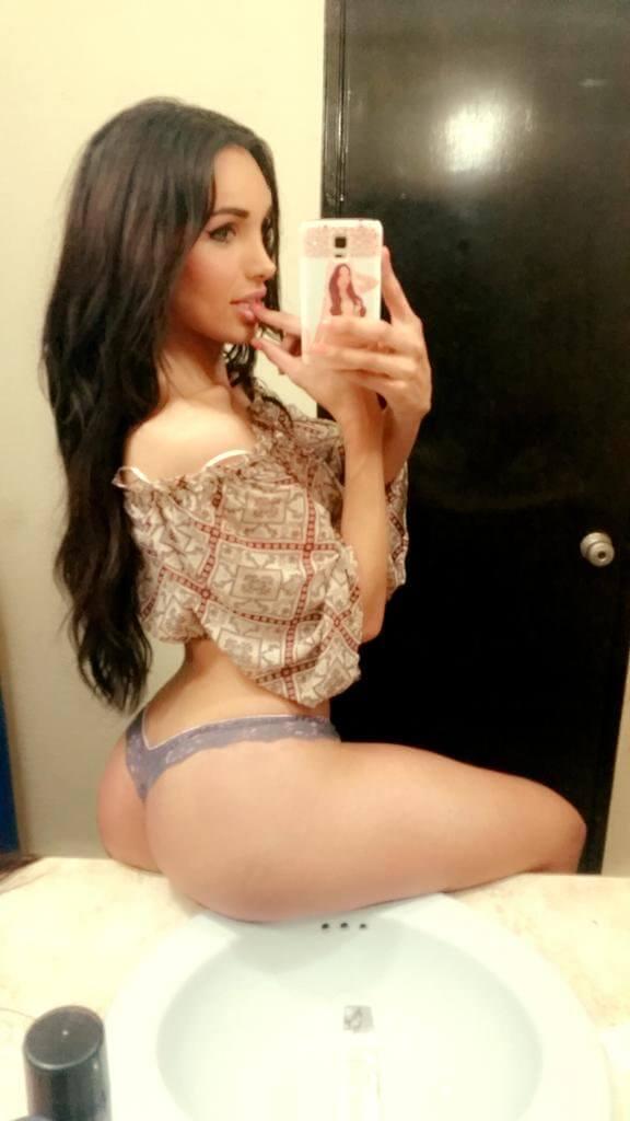 Miranda Lombardo transexual
