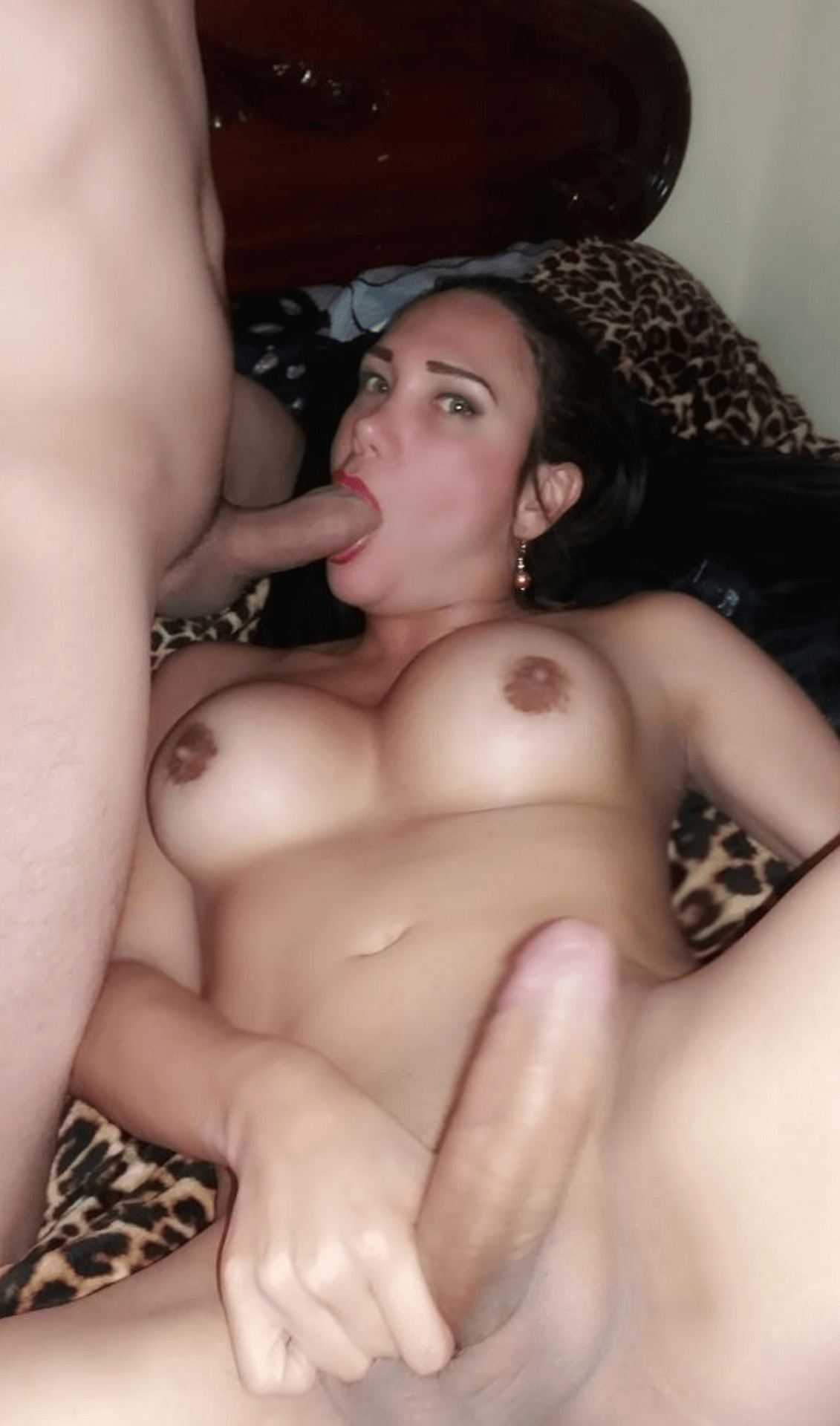 Shantal Zorsi big dick tgirl