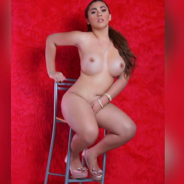 Ts Leira desnuda senos enormes