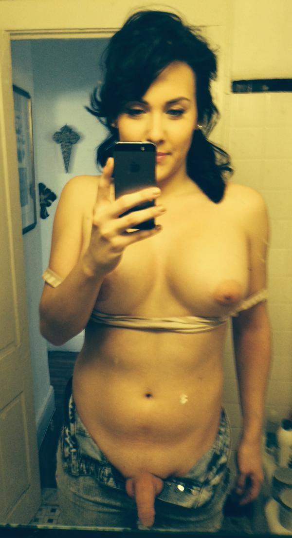 selfie nude tgirl