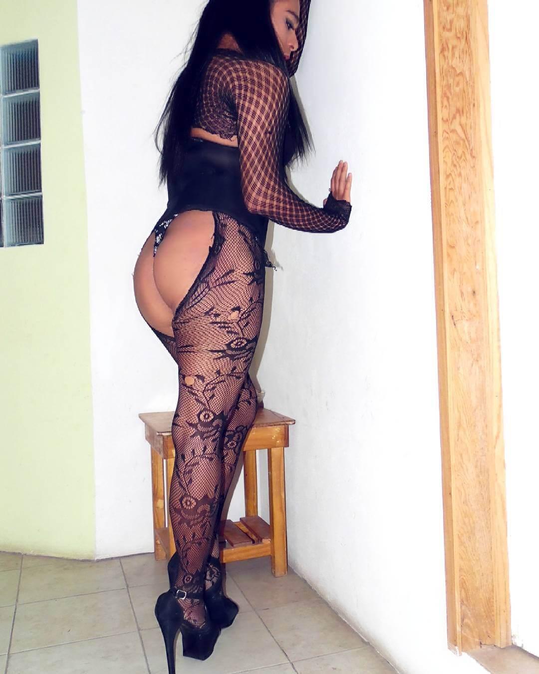 rania mendoza escort travesti en lenceria