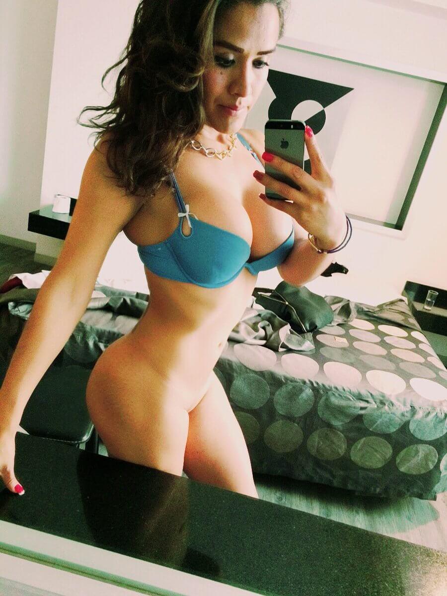 Nikki Garcia sexy trans