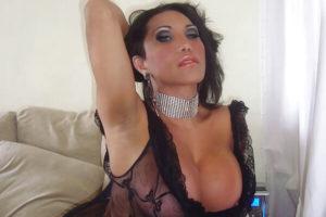 Alexandra Bittencourt shemale lingerie
