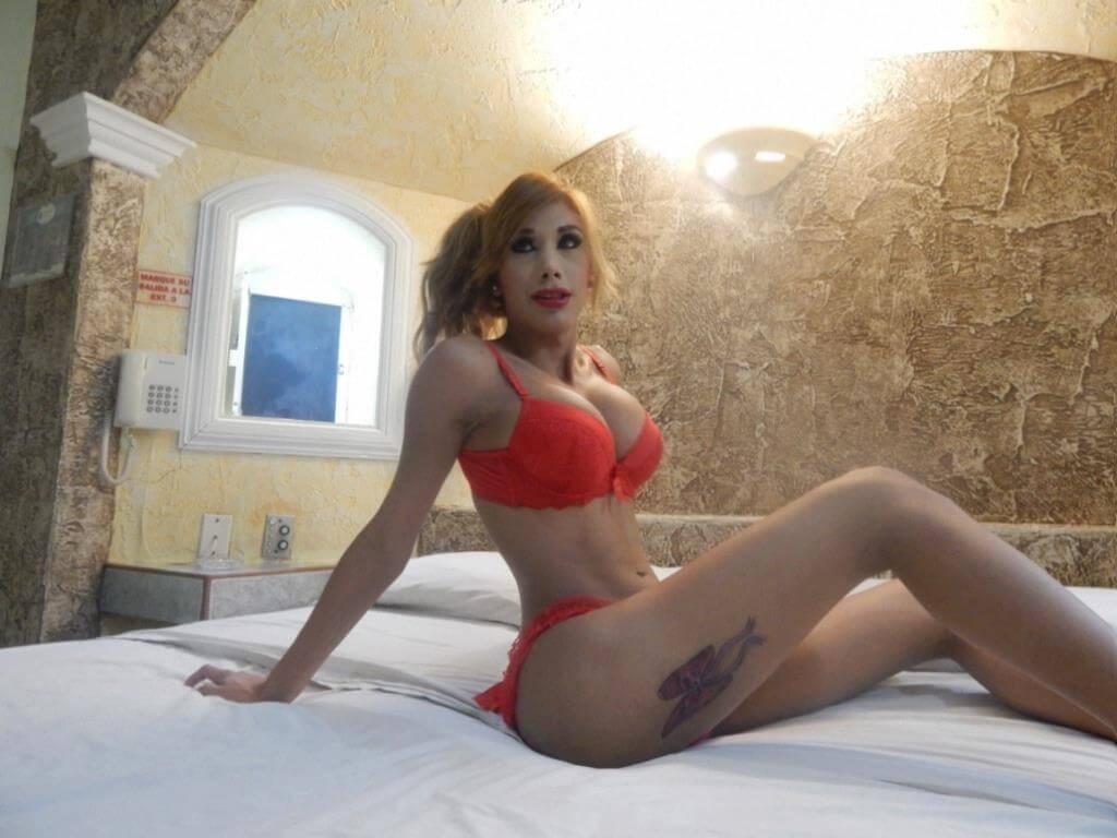 Alexandra Yamileth Afron