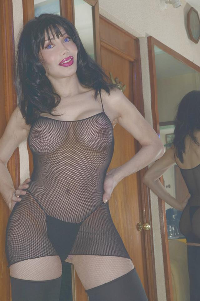 Luva Jaquelin Torrio big boobs shemale