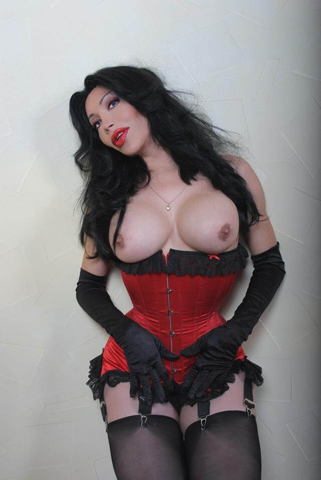 Luva big tits transsexual