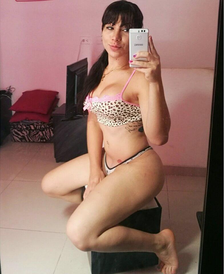 Andrea Montoya webcam