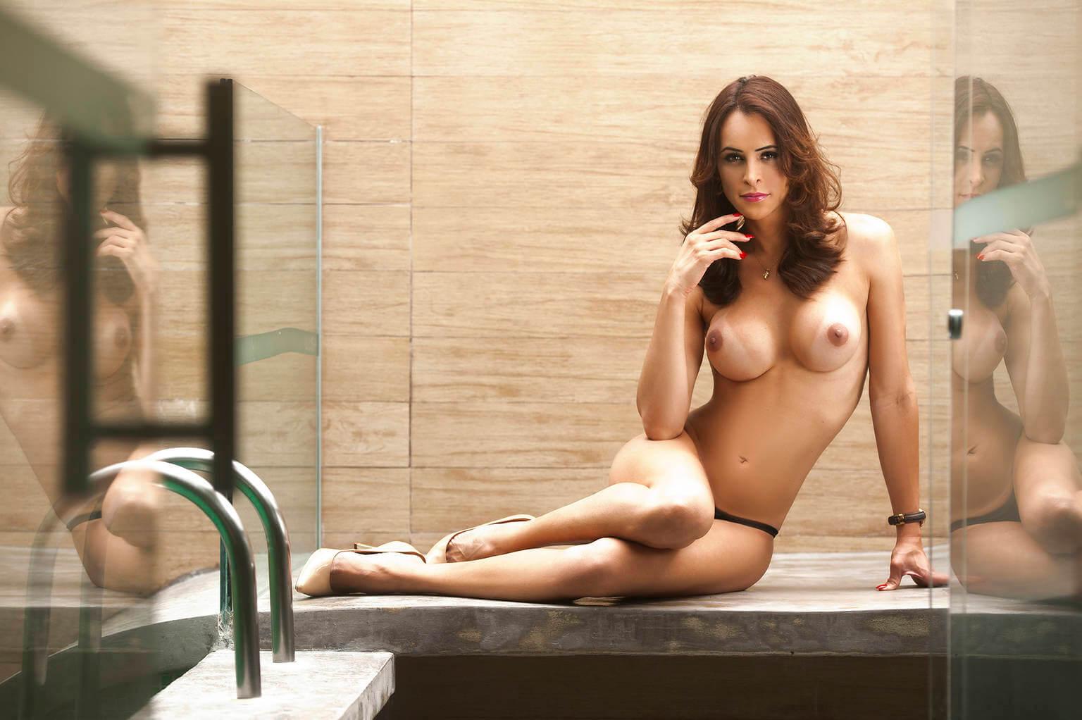 Carla Brasil busty tranny