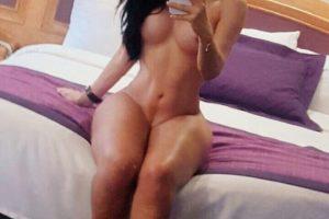 tranny mexicana semidesnuda