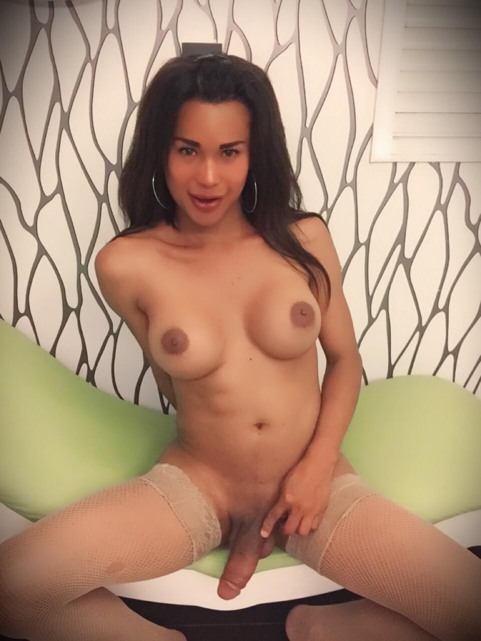 Silvana Silva transexual en motel