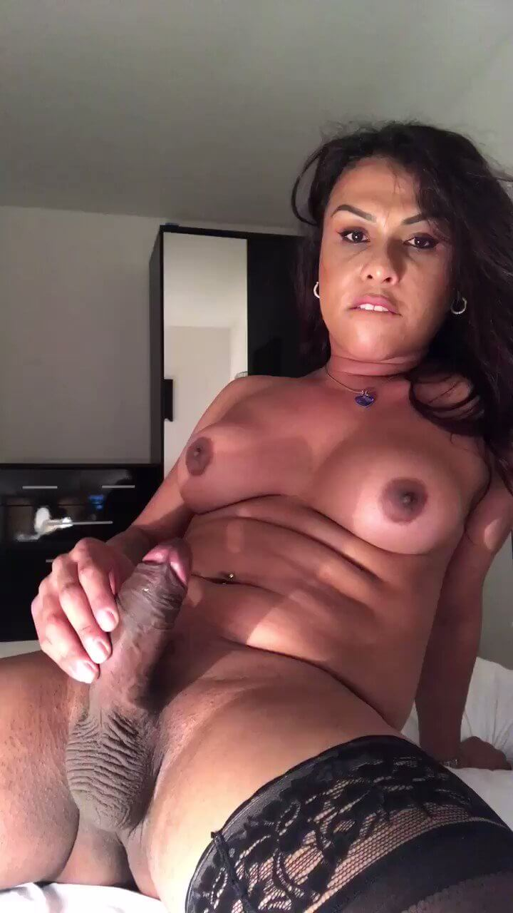 Victoria Tedesco big dick tranny