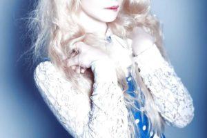 alicia snow shemale doll
