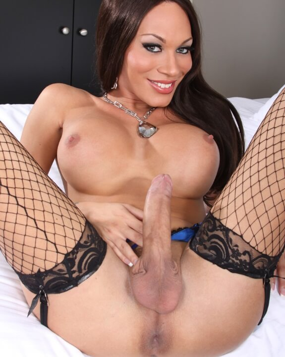 mia isabella pictures