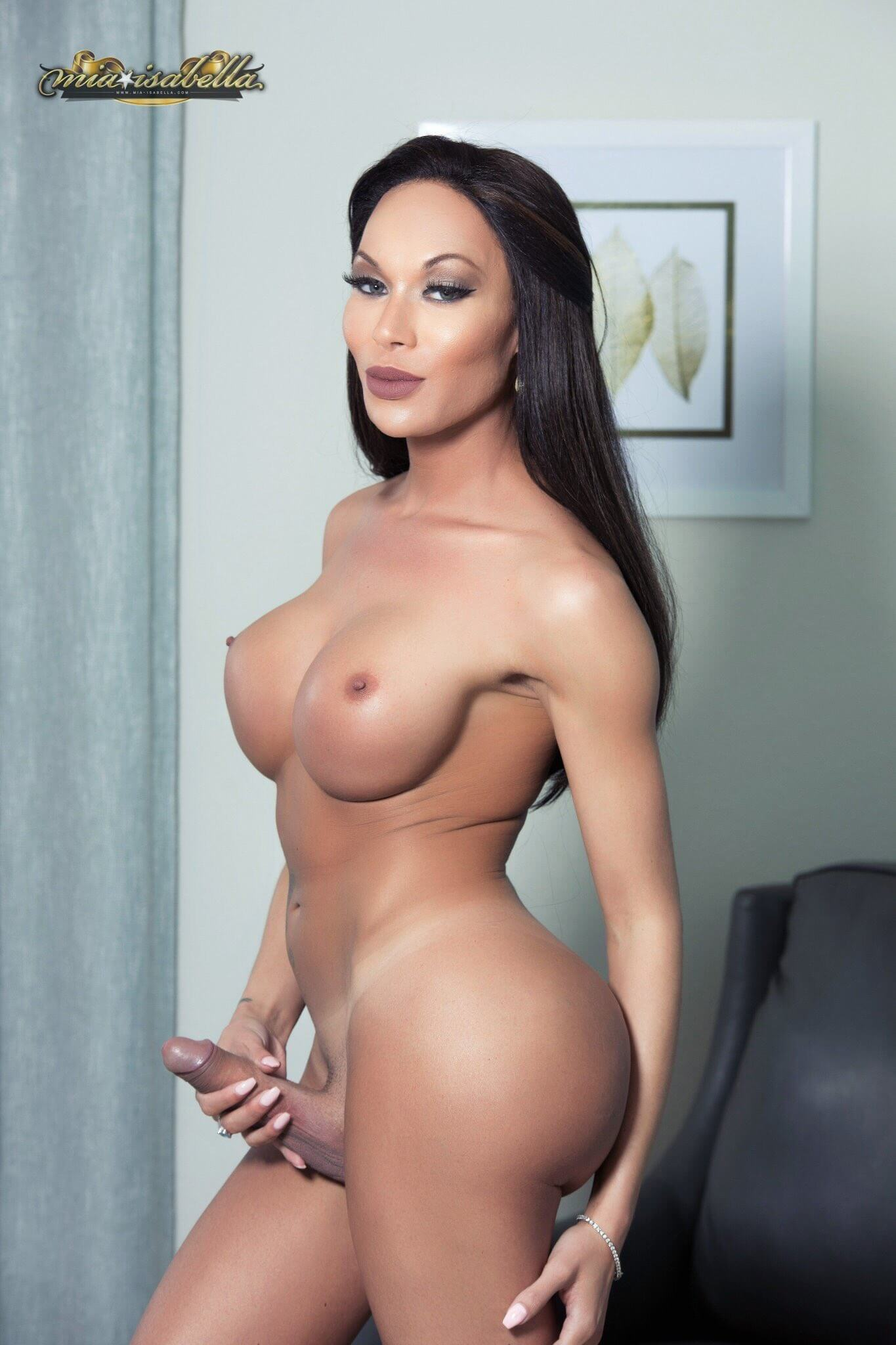 Ts mia isabella movies