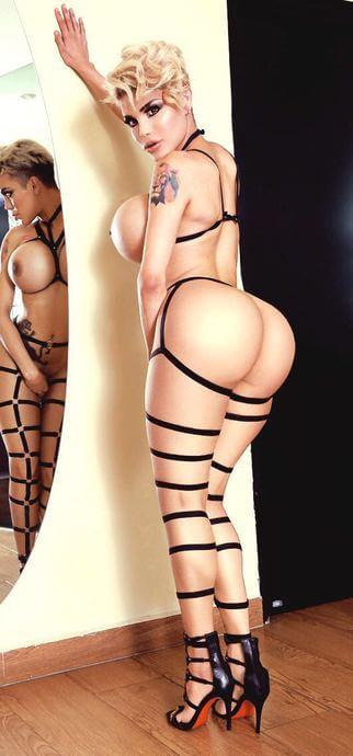 trans Karla Carrillo desnuda