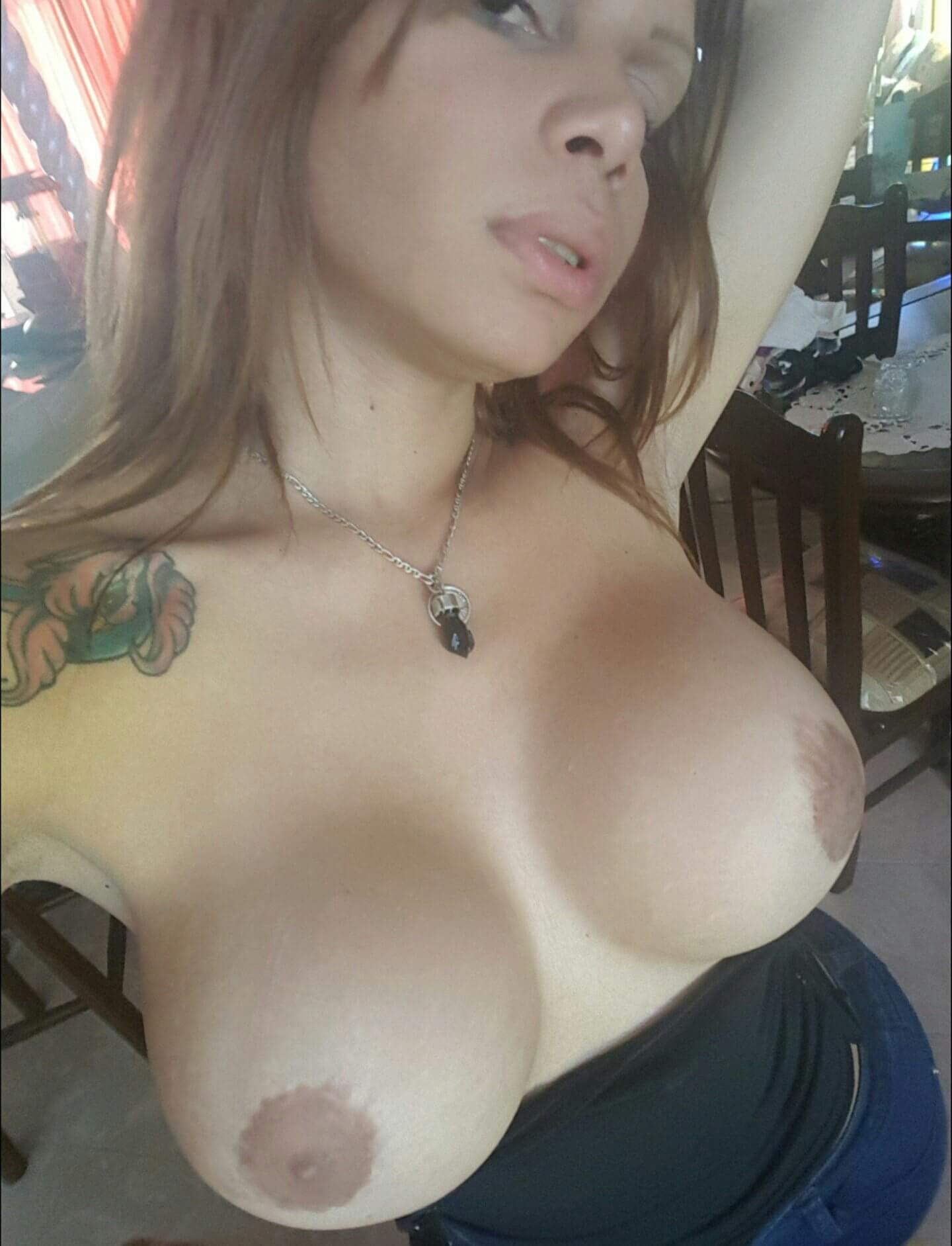 valeria gatica venezuelan tgirl with big boobs
