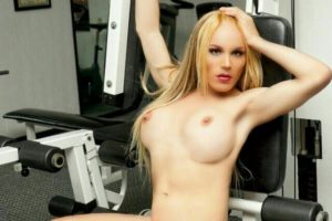 Aracely Campos blonde shemale