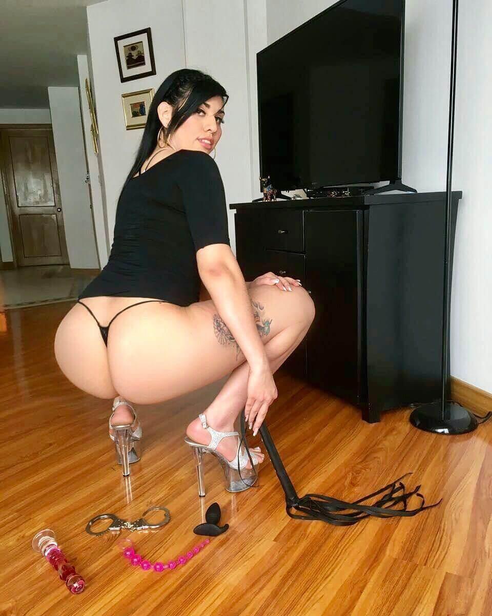 Isabella Rueda (617 ) 5806774