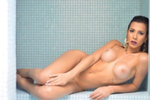 ts Alice Alves desnuda