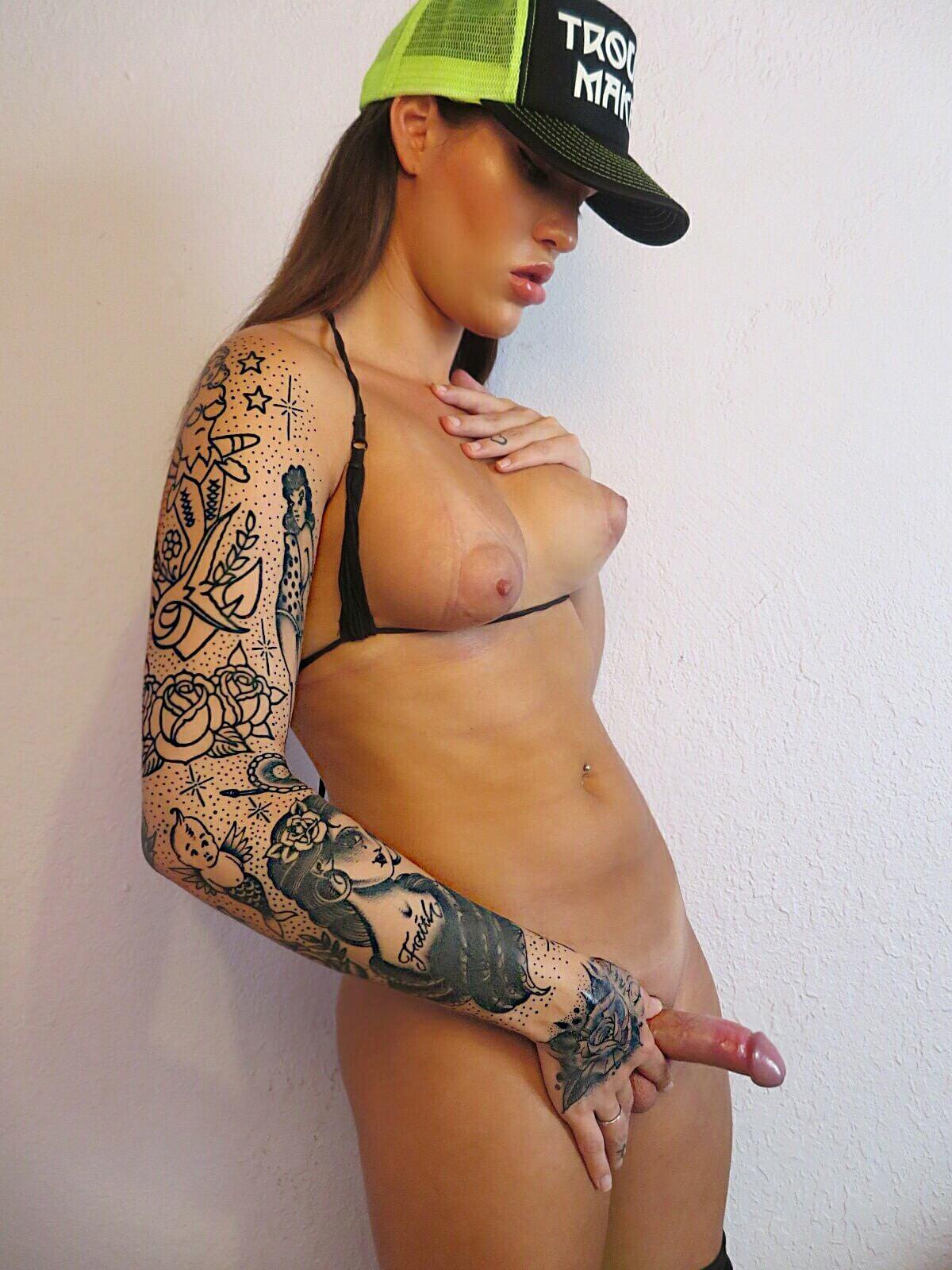 Nadia Love porno