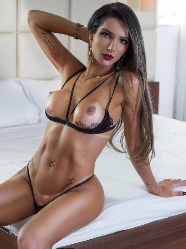 trannyvideosxxx roberta cortes and female reddit
