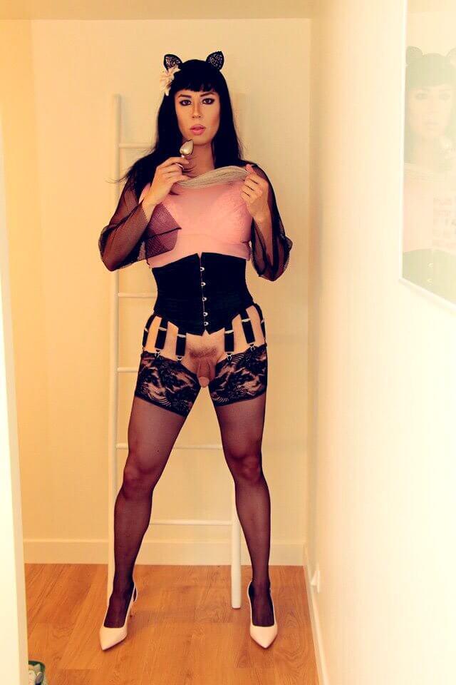 pics trans feet maeva french twitter ebony movie exibh trav